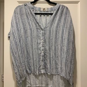 Tops - Cloth and Stone/ Anthropologie flowy shirt (M)